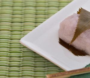 和菓子と畳の写真